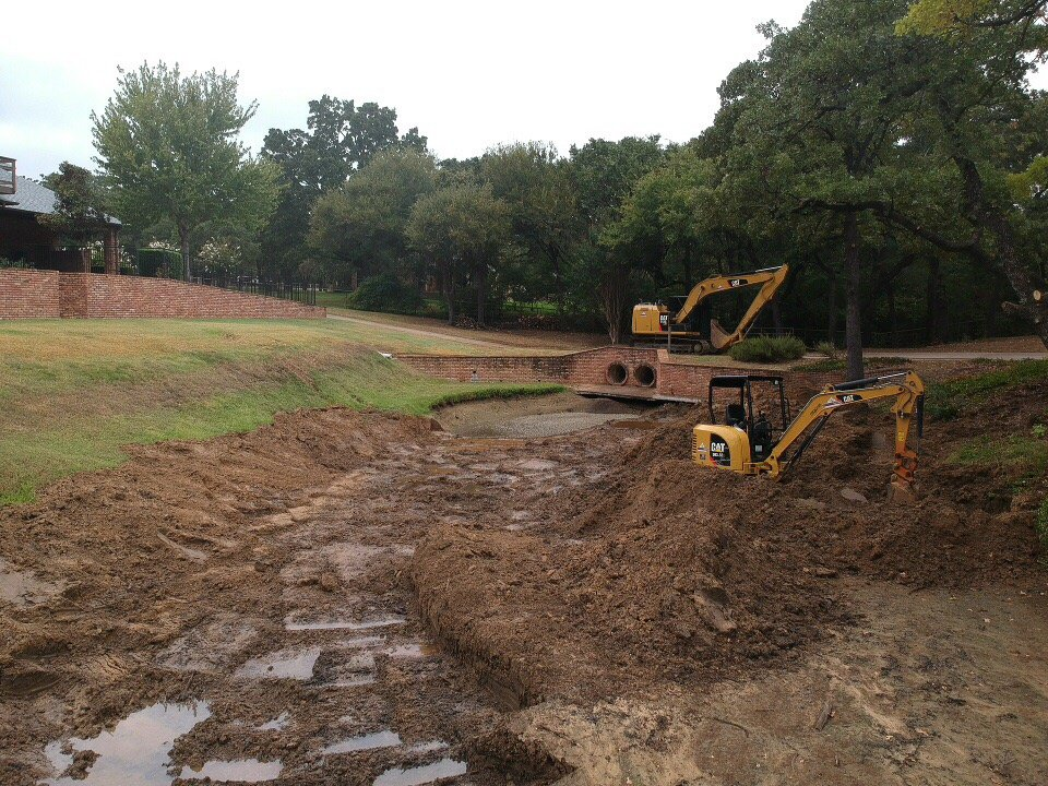 Pond Excavation in the Fort Worth, Texas area